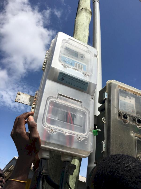 CLOU meter box installation 2